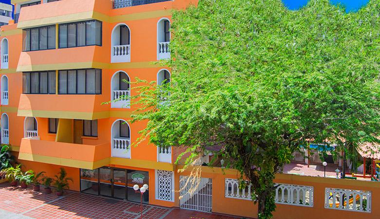 http://hoteledmarsantamarta.com/wp-content/uploads/2016/02/G-hoteledmar01.jpg