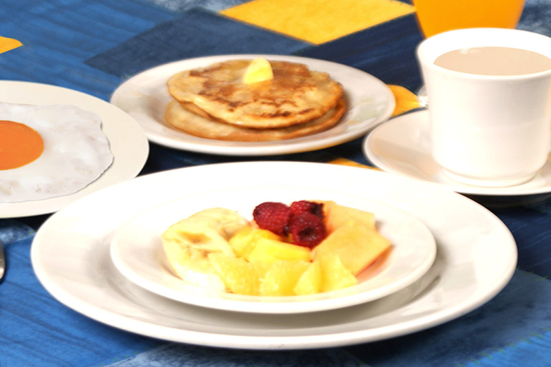 http://hoteledmarsantamarta.com/wp-content/uploads/2016/04/desayuno-americano.jpg