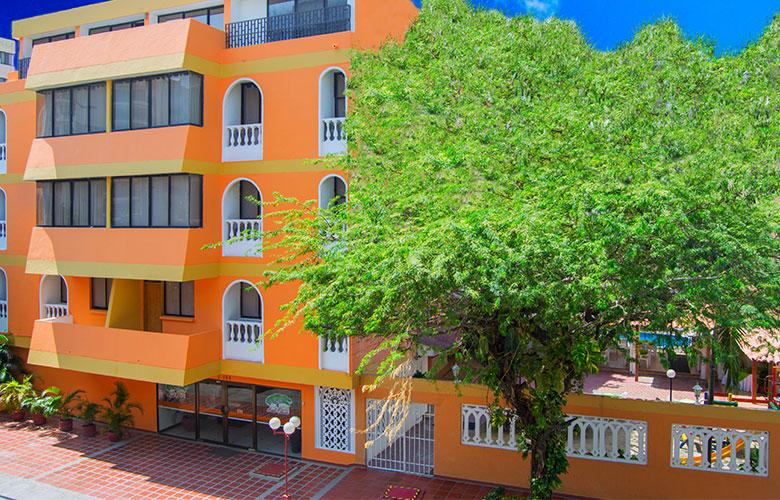 https://hoteledmarsantamarta.com/wp-content/uploads/2016/02/hotel-edmar01.jpg
