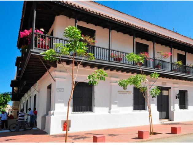 https://hoteledmarsantamarta.com/wp-content/uploads/2016/08/12-CASA-DE-LA-ADUANA.jpg