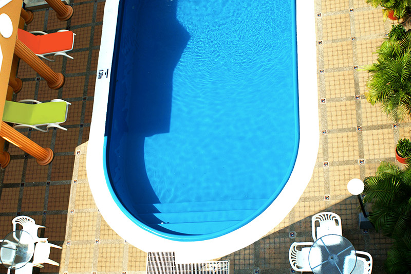 https://hoteledmarsantamarta.com/wp-content/uploads/2016/08/piscina05.jpg
